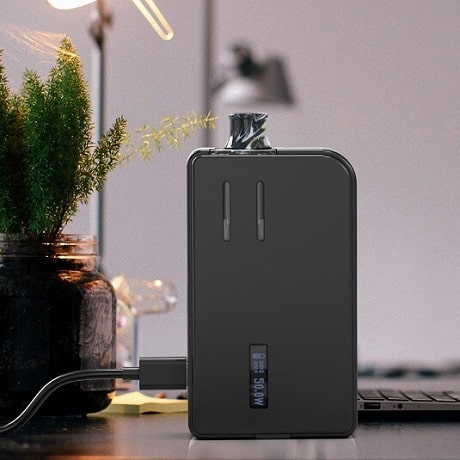 Charging Aspire Mulus with dislpay on the table