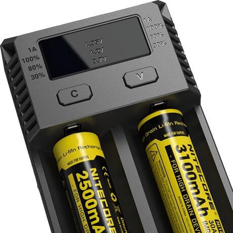 Nitecore NEW i2 Battery Charger display